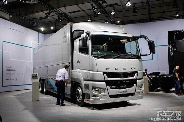 眼看着欧洲卡车称霸世界,个性鲜明的日、美卡车为啥不愿迎合大众?