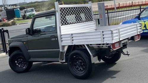 袖珍卡小卡车比皮卡尾厢更扎实吉姆尼小卡版实车