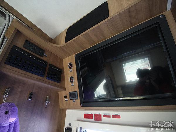 横置上下铺配置更有吸引力,赛德白鲸系列经典款房车只要45.88万