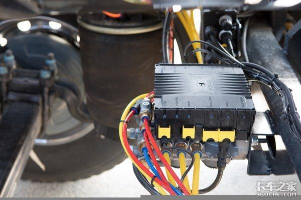 看看欧洲的电动半挂式搅拌车,轻量化设计思路值得国产车企学习