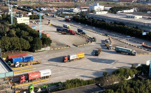 特别关注!高速通行费免了为何这些集卡司机没有享受到?