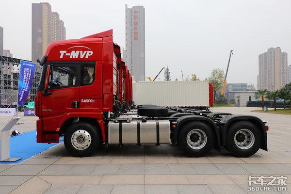 卡车新体验1自重8.3吨售价39.7万为标载而生的陕汽X5000图解
