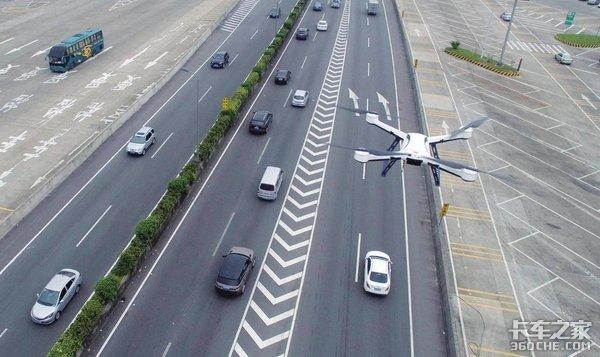 """无人机应用实现""""无接触配送""""行业发展仍需相关立法"""