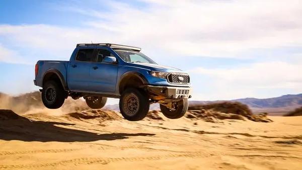 APG版福特Ranger外观酷似真猛禽越野性能更加出众
