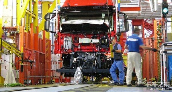 工厂停工裁员、跨境运输受创,新冠疫情让欧洲卡车大佬有点慌
