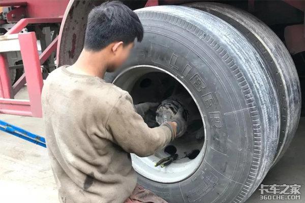 想要轮毂轴承寿命长久,润滑脂选择是关键!
