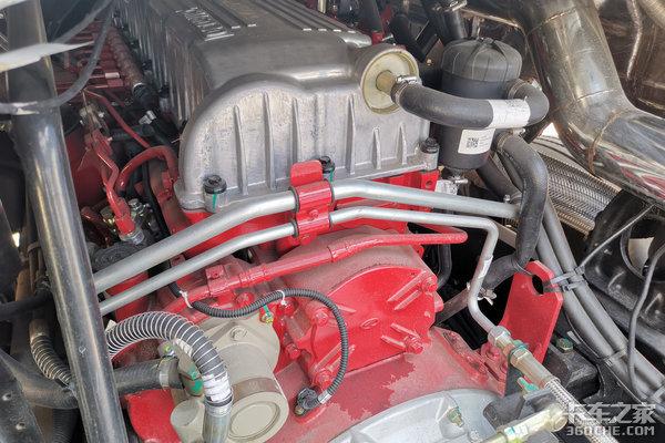 560马力2600牛米发动机华菱汉马H9详解