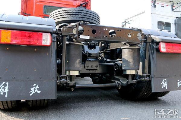 卡车新体验(4)新JH6智尊版可变1.2米卧铺让你有家一样的感觉