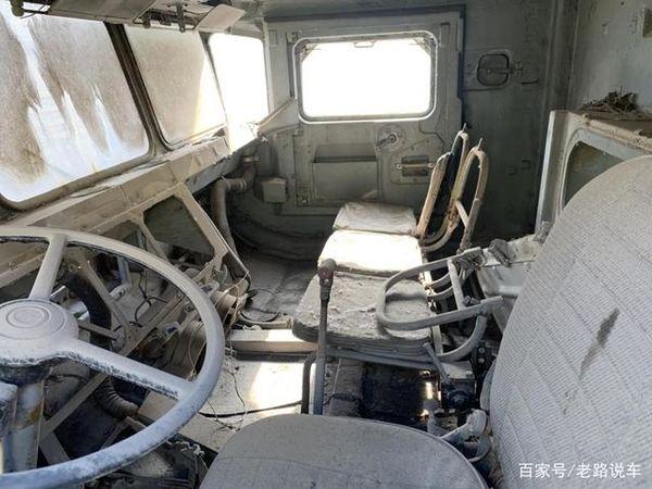 苏联解体前生产的双发巨兽!BAZ-69501重型卡车