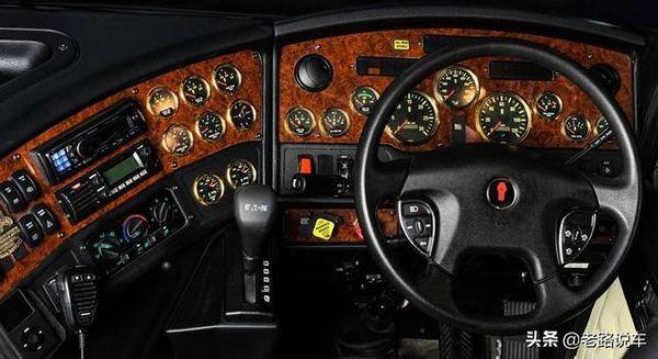 550马力发动机看豪士科ArrowXT高层供水消防车
