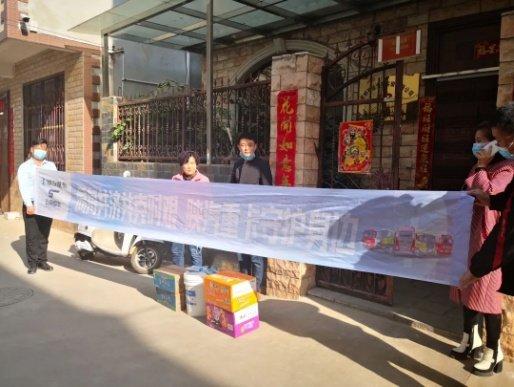 陕汽重卡:火力全开助销售全国各地交车忙