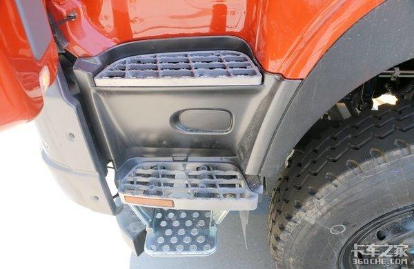 这四款8X4重型自卸车各有所长,选车时劝你别跟风,适合自己最重要