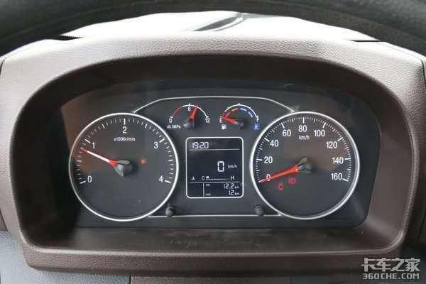 既能拉货又要舒服,95后轻卡司机眼光高,挑来选去最终还是福田时代