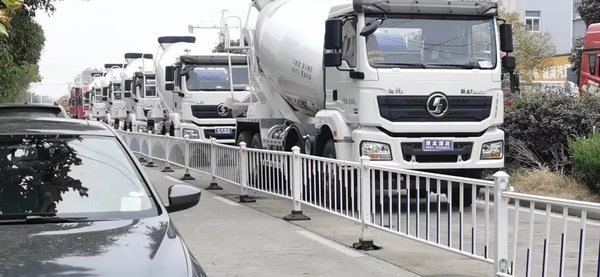 陕汽重卡:心系客户快交付贴心服务达终端