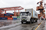 交通部:仅剩34个国际道路运输口岸开放 境外输入货运司机约8000人