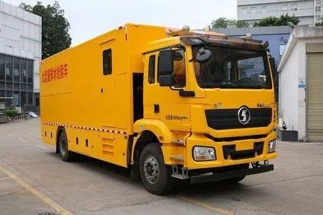 陕汽重卡:抢险救援还看德龙新M3000大流量排水抢险车