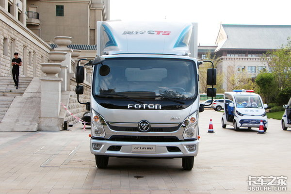 一款不能错过的轻卡车型,空间动力都值得来自奥铃CTS的自我简介