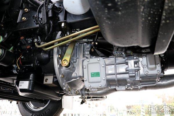 国六柴油+4.5吨公告实力派小卡缔途DX