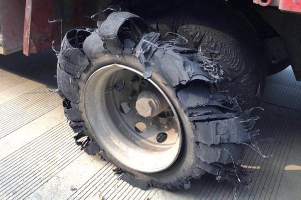 卡车小百科(27):橡胶件也要需要保养