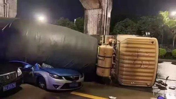 1200元保500万元超赔那些不怕出事的司机的底气来源于这里