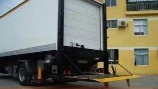 案例解析货车尾板如此可怕?操作不当也会出人命