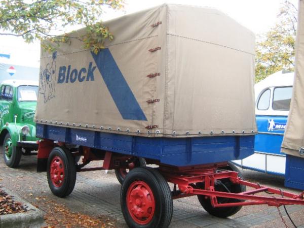 行业探究之:欧洲挂车是如何从仓栏半挂车过渡到侧帘半挂车?