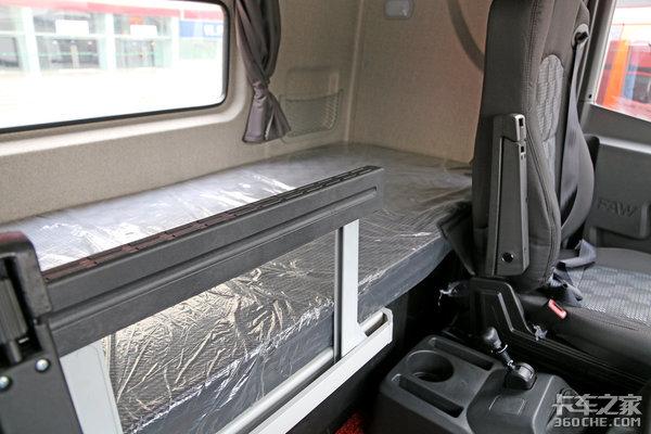 底盘升级装更多解放JH6绿通载货车图解