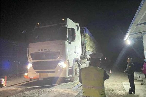 追责源头企业!吉林开展货车专项整治、为期3个月