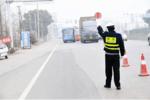 """货车司机超速行驶 被""""邀请""""站岗三天"""