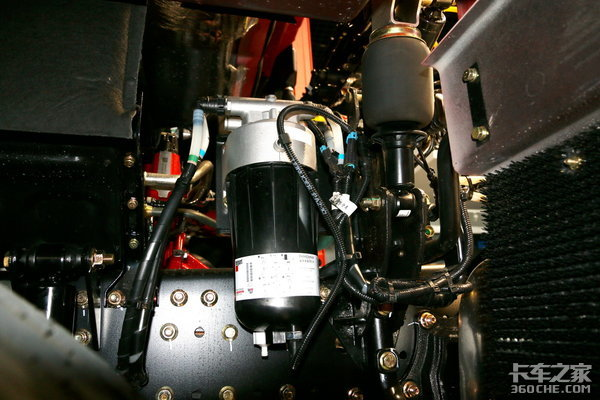 卡车新体验(8)这台欧曼EST-A叫穿越版