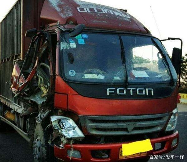 为啥货车总是刹不出车?事故复盘后发现货车司机也是受害者