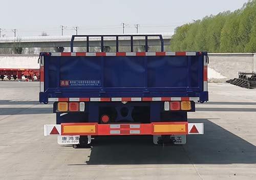 轻卡都有中置轴了6米8载货车严重不服!安排上!