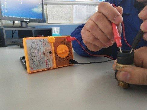 陕汽重卡:为了您我们一直在努力如何使用工具检测压力开关故障