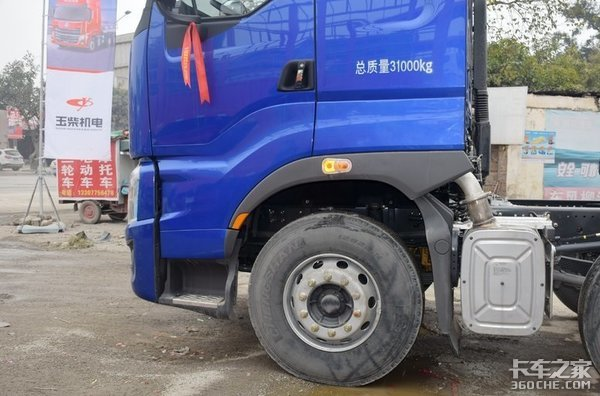 盘点4款主流8X4载货车,哪个才能入你的法眼?