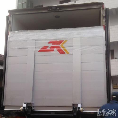 载货车液压尾板该怎么选?老司机:一般人我都不告诉他!