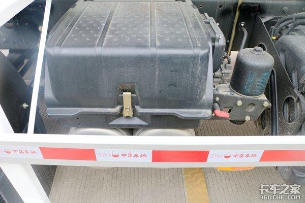 自重10吨不到!这台J6L搅拌车装得多,挣得也多!