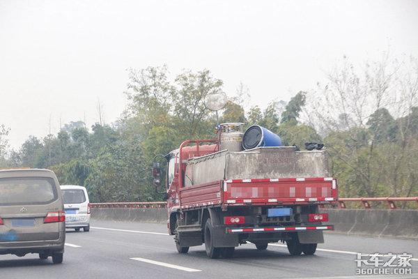 河北邢台禁止国五以下货车进入主城区违者最高罚1000拘留15日