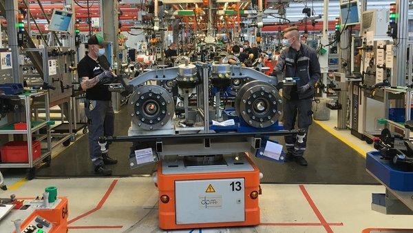 共克时艰曼恩工厂正有序重启生产活动