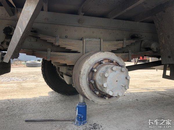 这台载货车怎么样?补补漆还能再战3年