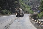 卡车在复杂山路如何使用辅助制动?