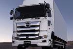 日野2代普罗菲亚重卡将引进中国,这满脸的镀铬装饰你喜欢吗?