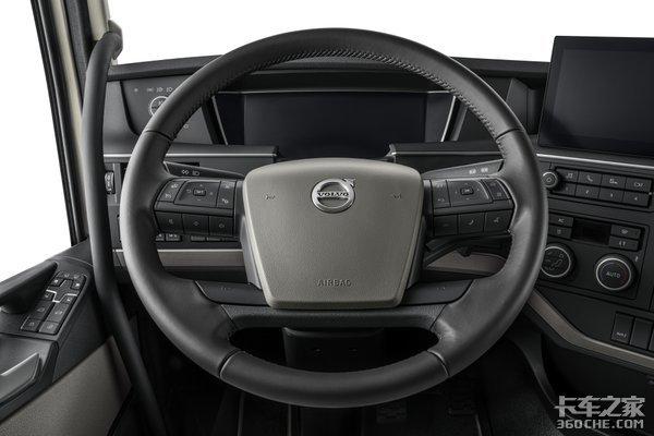 """欧洲重卡""""王子"""",沃尔沃改款FH牵引车来了,安全配置让你看花眼"""
