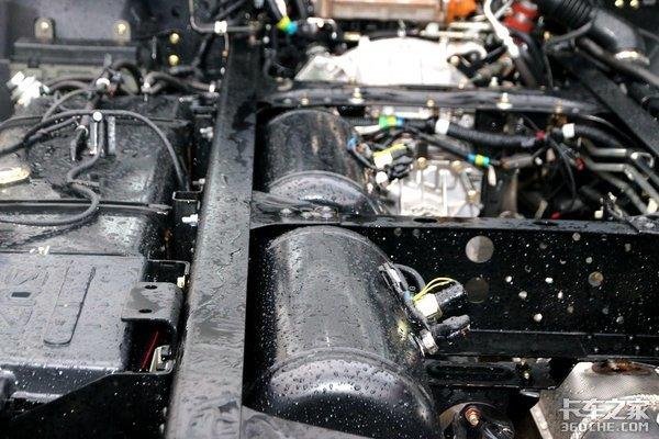 动力与载重更出色!新款庆铃五十铃M600或许是更好的选择