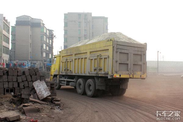 柳州上调货车限重至五十吨是因地制宜还是带头超载?卡友:符合实际