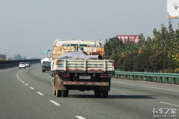 司机年龄断层成痛点专家呼吁提高货车司机待遇卡友:这次我挺专家