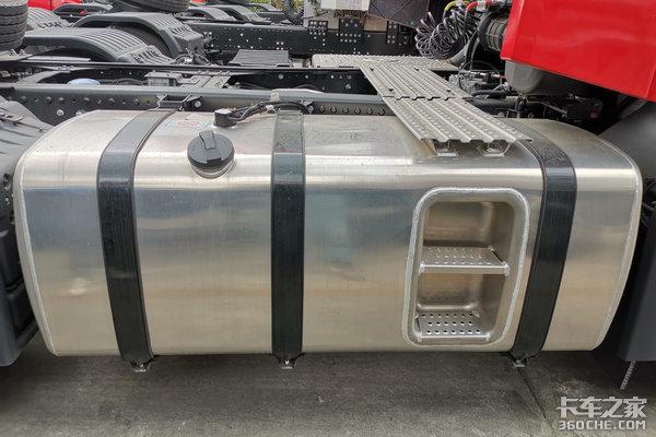 江铃威龙HV5带你清凉一夏国六530马力新车实拍购车即送车载冰箱