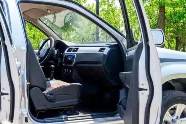 配置升级加量不加价新款长安神骐F30精英版上市