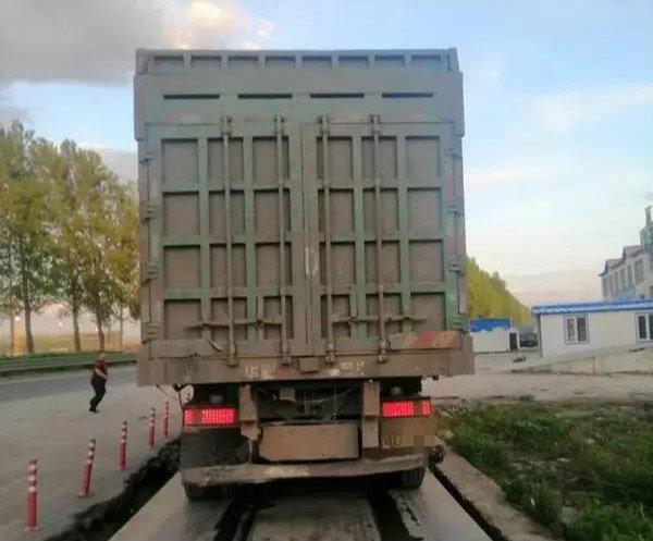 """1个多月查获1661台""""百吨王""""吉林对超载货车出狠招"""
