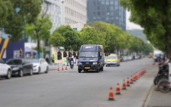 上海交警权威回复:中午和夜间哪些轻型微型货车能走高架?