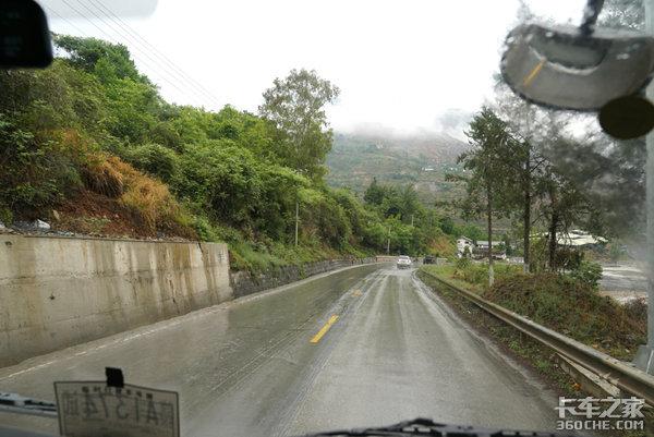 江铃轻卡万里长测(5)上坡下坡够凶险还是在高原它是否能化险为夷?